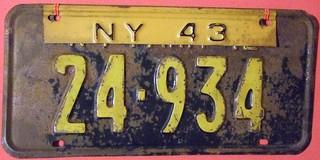 NEW YORK 1943 ---FARM TRUCK LICENSE PLATE
