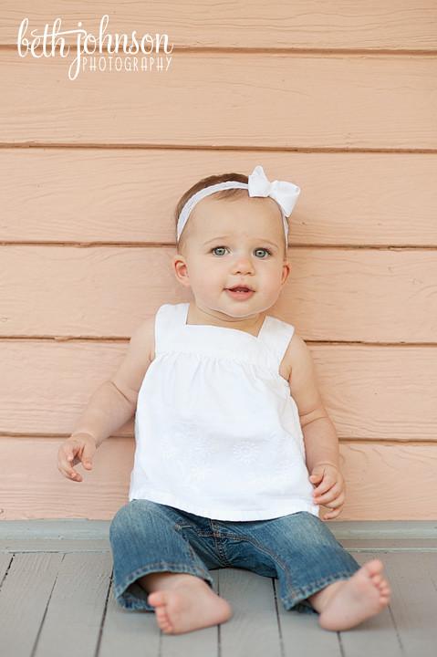 baby girl at maclay gardens tallahassee photographer
