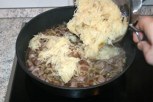 33 - Sauerkraut hinzufügen