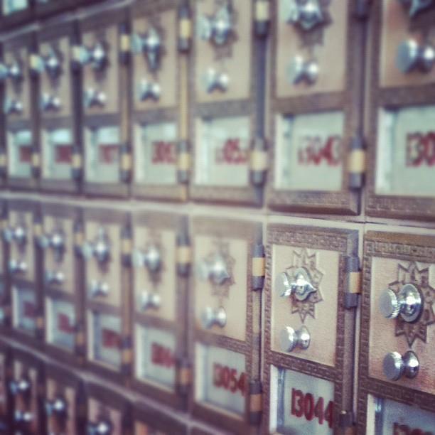 4. mailbox.