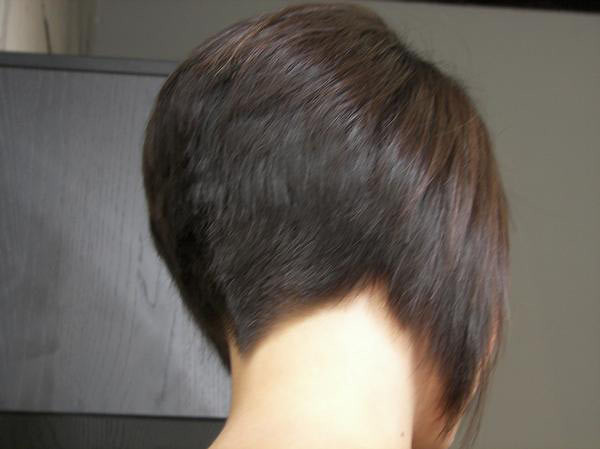 Women With Clippered Nape Haircuts http://www.flickr.com/photos/clippercutbobs/6706346331/