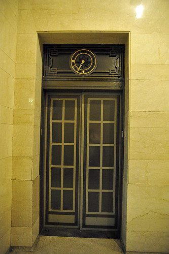 032 door in grand central station