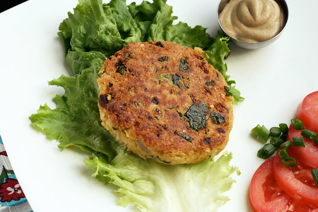 Chickpea and Brown Rice Burgers - Tasty Yummies