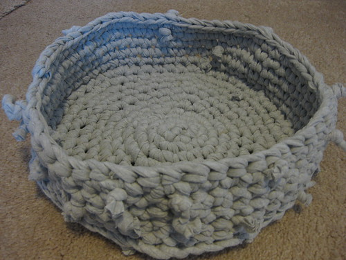 Crochet Patterns Pet Beds : Loops of Lavender: Forever Homes and Crochet Pet Bed Pattern