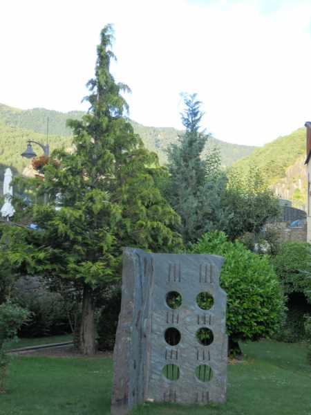 Jardineros en acci n esculturas para el jard n - Esculturas para jardines ...