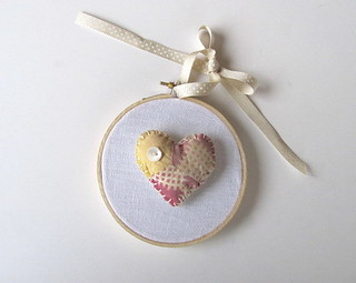 Heart Puffy Hoop