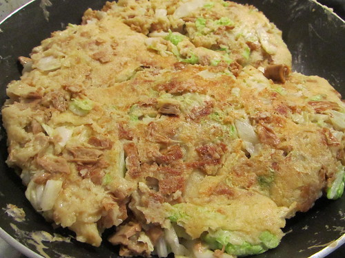 Making veggie okonomiyaki