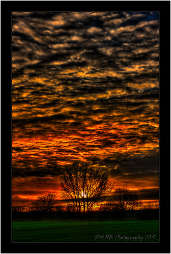 uk sunset england photoshop yorkshire hdr efs1785mmf456isusm pontefract willowpark photomatix canon40d worldhdr nhbphotography