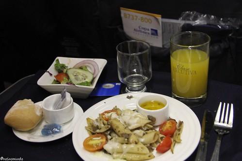 Jantar na executiva da Copa Airlines