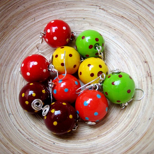 Colored polka dots earrings