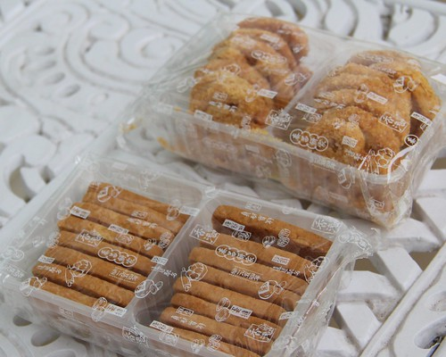 almond cookies & butterfly cookies @ tai cheong
