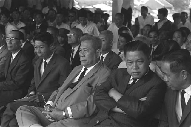 1967 - Tranh cử Tổng thống - Các ứng cử viên Trần Văn Hương và Trương Đình Dzu