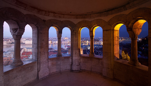 Day and Night (Fishermans Bastion)