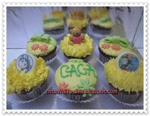 cupcake set for caca by DiFa Cakes
