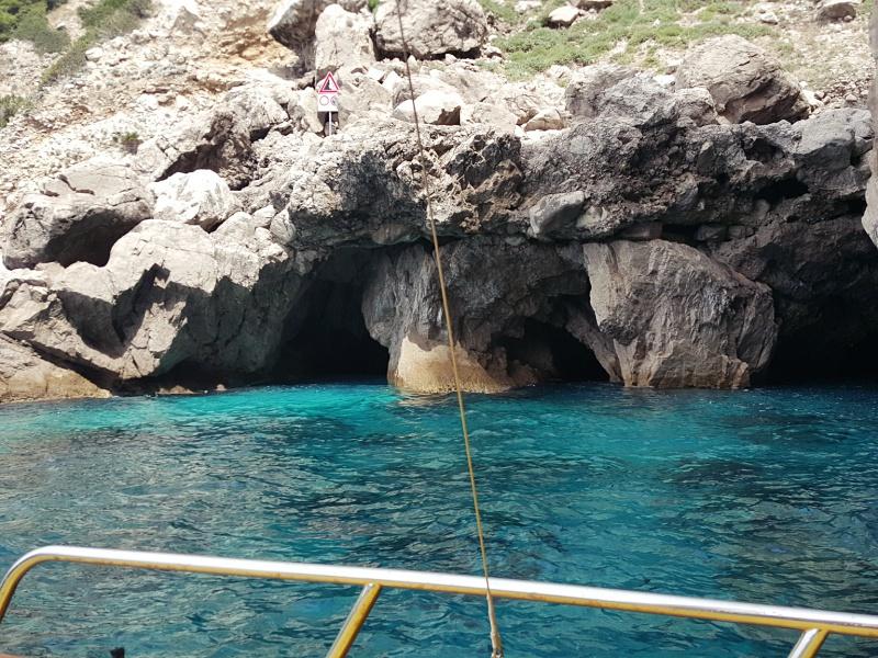 Capri Grottoes