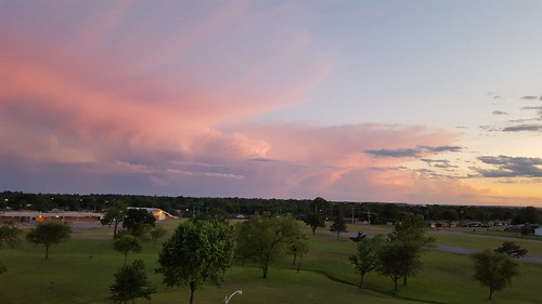 sunset pointofview bartlesville complimentarycolors soonerpark cloudsstormssunsetssunrises galaxys6 soonerparktower