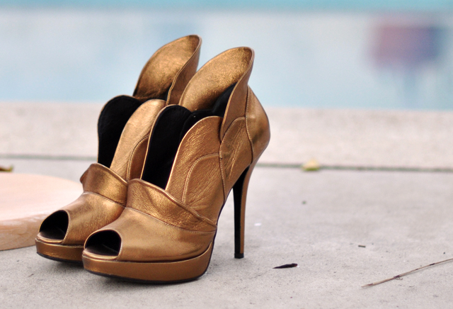 Jerome Rousseau gold shoes