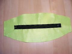 chiusura superiore con zip cucita a mano
