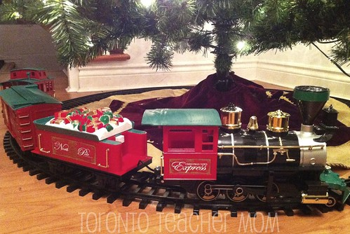 Christmas Town Express, Battery Operated Train
