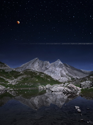 lake mountains alps reflection photoshop alpes landscape nikon raw nef tripod border wideangle ps fullmoon gettyimages manfrotto d300 sigma1020 franceitaly coldagnel capturenx2 paintingsky yllogo ©yannicklefevre||photography fullmoonshootnikkor70300