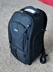 bag(1.0), hand luggage(1.0), suitcase(1.0), backpack(1.0),