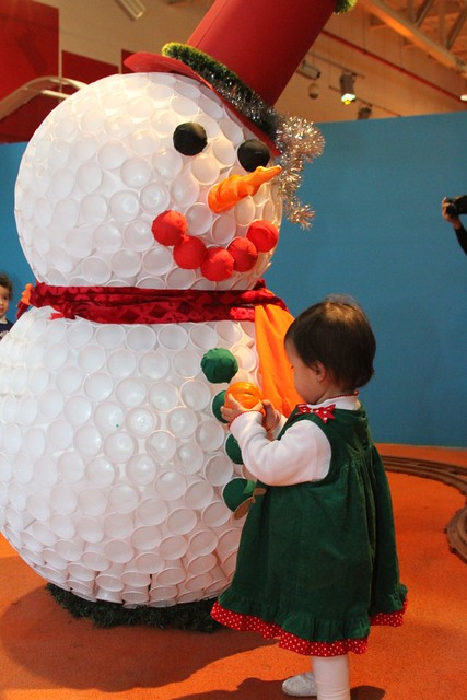 Paper cup snowman for tots flickr photo sharing - Bonhomme de neige verre plastique ...