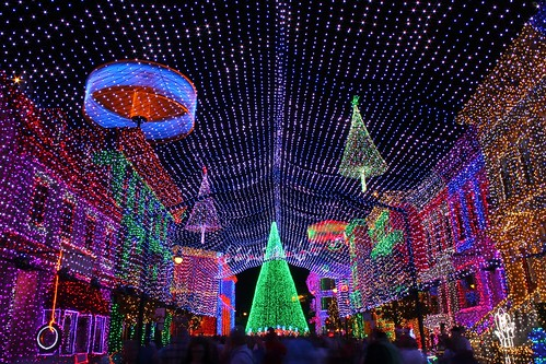 Osborne Spectacle of Dancing Lights 2011