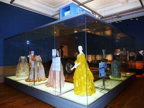 Exhibition Displays Glasgow : Visit kelvingrove art gallery and museum glasgow