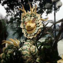 This #dragon is made completely of palm fronds, grass, bamboo, and other plant materials. It is a special #Têt #decoration.