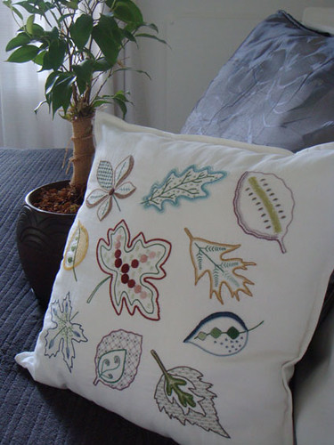 Jacobean Leaves cushion
