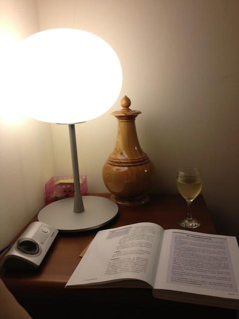 夜晚的生活 - 客廳