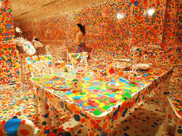 Explosão de cores - Yayoi Kusama