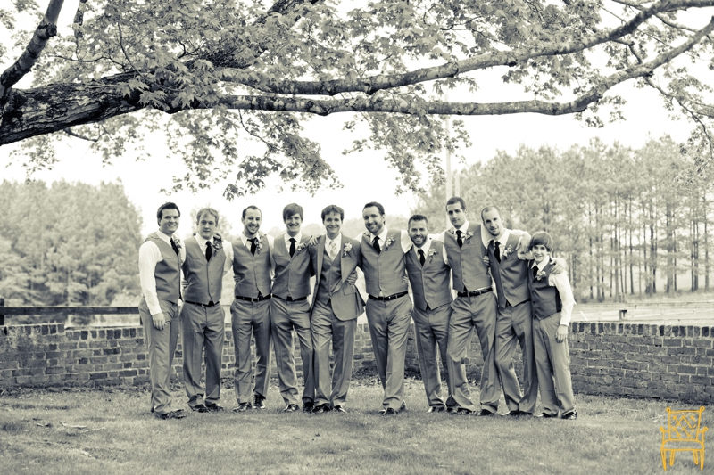 gray and yellow outdoor vintage wedding_034