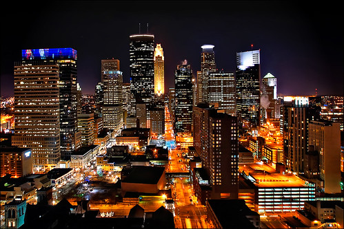 minneapolis downtown night