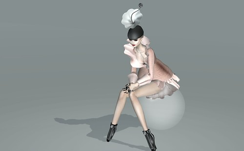 The Fashionfish : 2b.Two looks for a hat