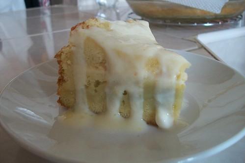 Pastel cremoso de naranja y yogur