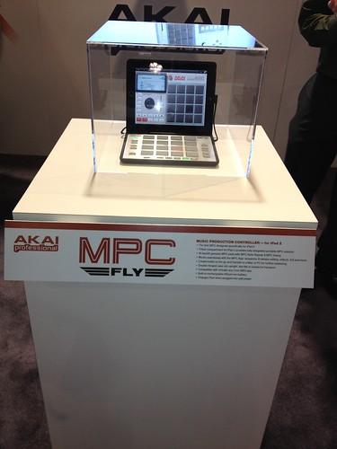 NAMM 2012 - AKAI MPC