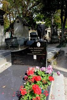 Grave of Stella Rapoport, nee Kamioner (1913-1966) - Paintress