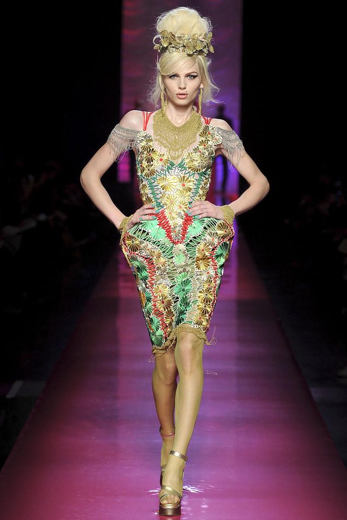 Andrej Pejic3304_SS12 Jean Paul Gaultier Haute Couture(VOGUE)