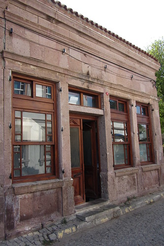 Burhaniye day 2 (Ayvalik): redish house