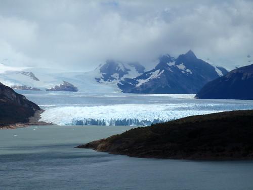 A boat in front of Perito Moreno glacier