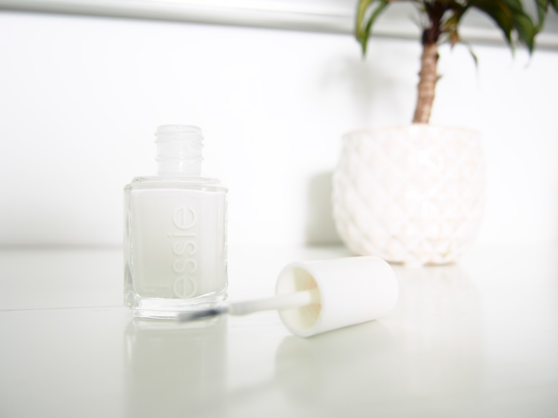 Essie Nail Polish in Blanc