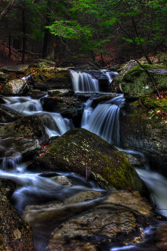 green nature stream hdr photomatix
