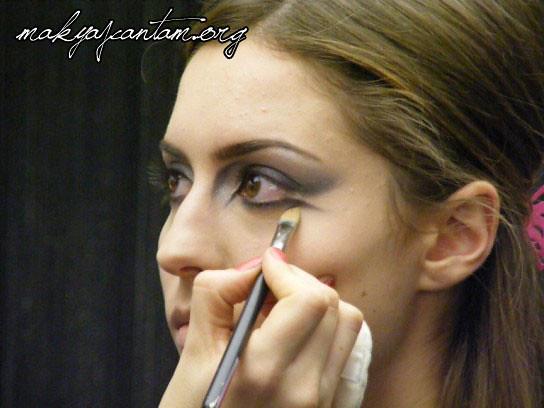 glitter ice makeup_13