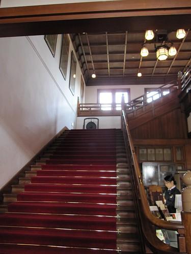 奈良ホテルの階段 by Poran111
