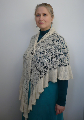 Lily's Slice of Pi Shawl 03