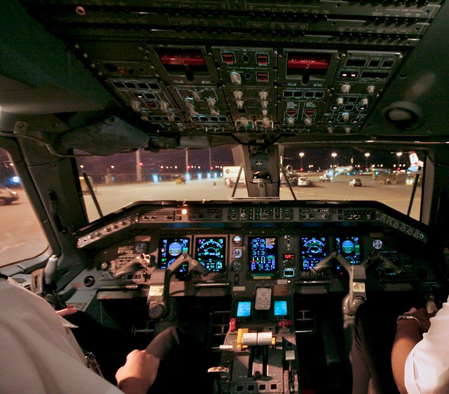 Cockpit Of Erj 145 Flickr Photo Sharing
