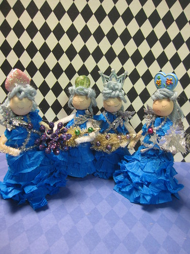 Ice Tree Queen Ornament Dolls! 19