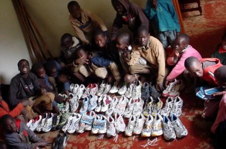 Vaše boty rozdávaly radost v Keni