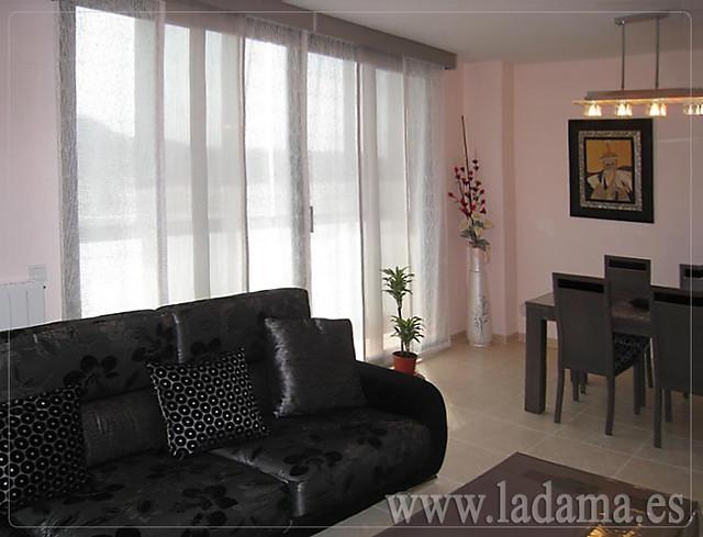 Decoraci n para salones modernos cortinas paneles - Decoracion salones modernos ...